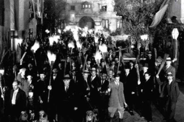 File 770 Mob Hunts for Racists; Fails to find one